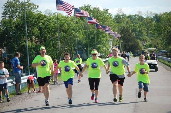 5km Fun Run Gives Children the Gift of Communication